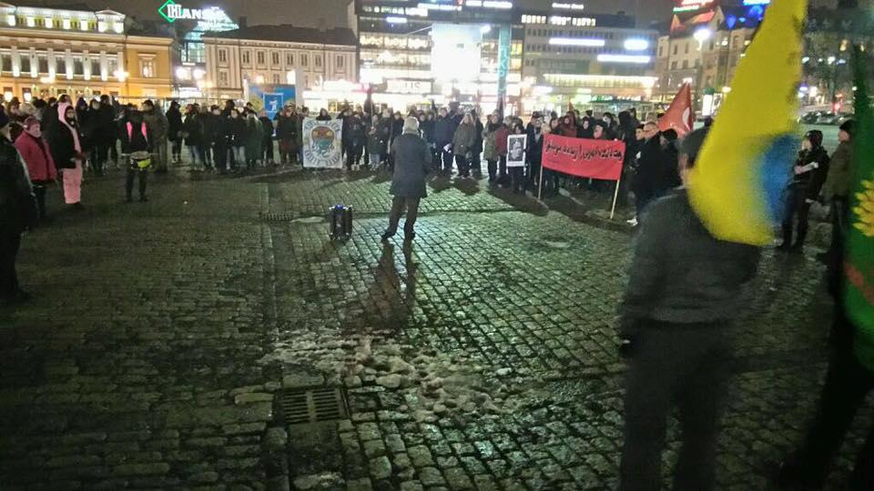 Turussa jo kolmantena peräkkäisenä vuonna järjestetty Naistenpäivän mielenosoitus keräsi paikalle noin 200 osallistujaa.