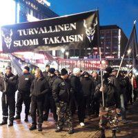 Natsikerho Soldiers of Odin käyttää lauantaina Turun Puutoria siistiäkseen mainettaan