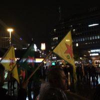 Raportti ensimmäisestä Turkin hyökkäystä Rojavaan vastustaneesta mielenosoituksesta Suomessa