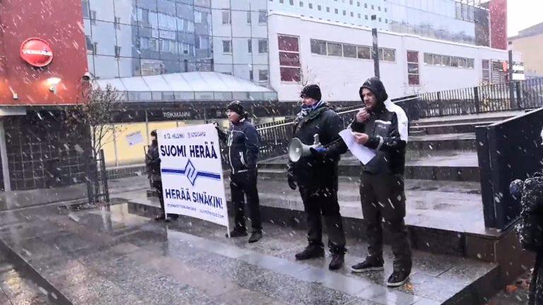 PVL mainostamassa uutta Suomi Herää -mielenosoitustaan.